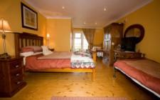 Evergreen-bedroom
